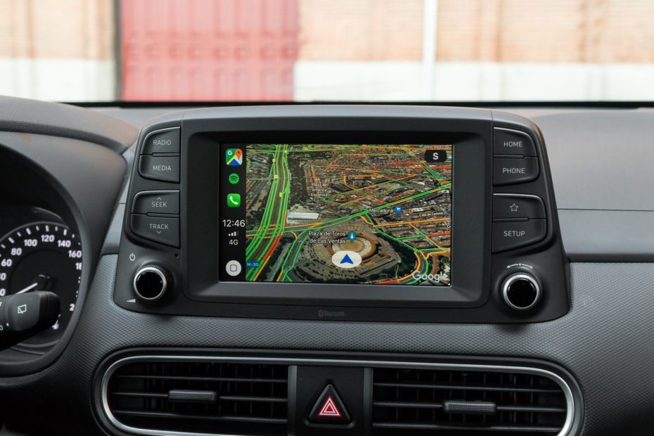 How to install and configure a GPS locator