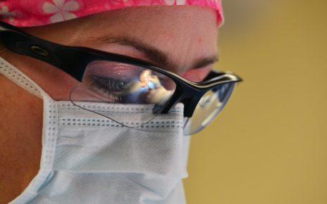 surgery 688383 1280