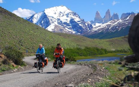 1200px 027 Cycling Torres del Paine