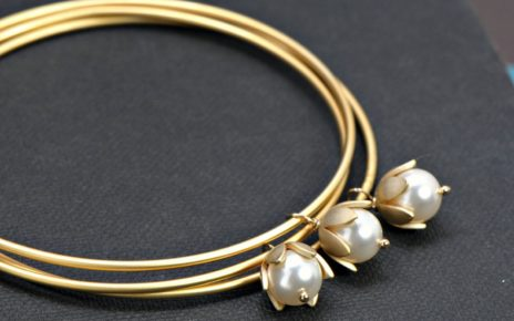 latest gold pearl bracelets